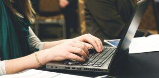 macbook asus surface huawei laptop